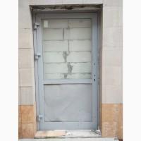 Ремонт алюминиевых и металлопластиковых дверей Киев, петли с94
